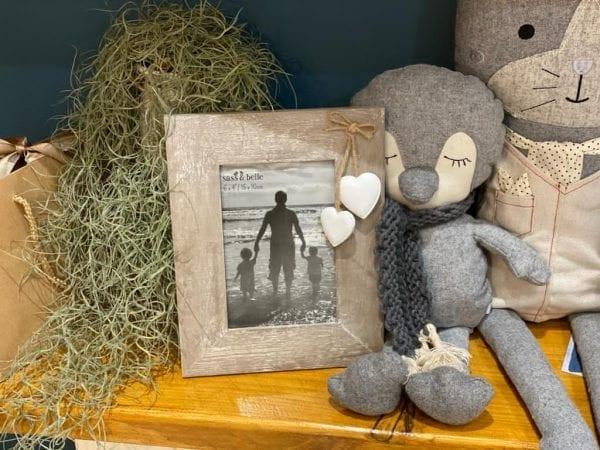 Ashley Farmhouse photo frame